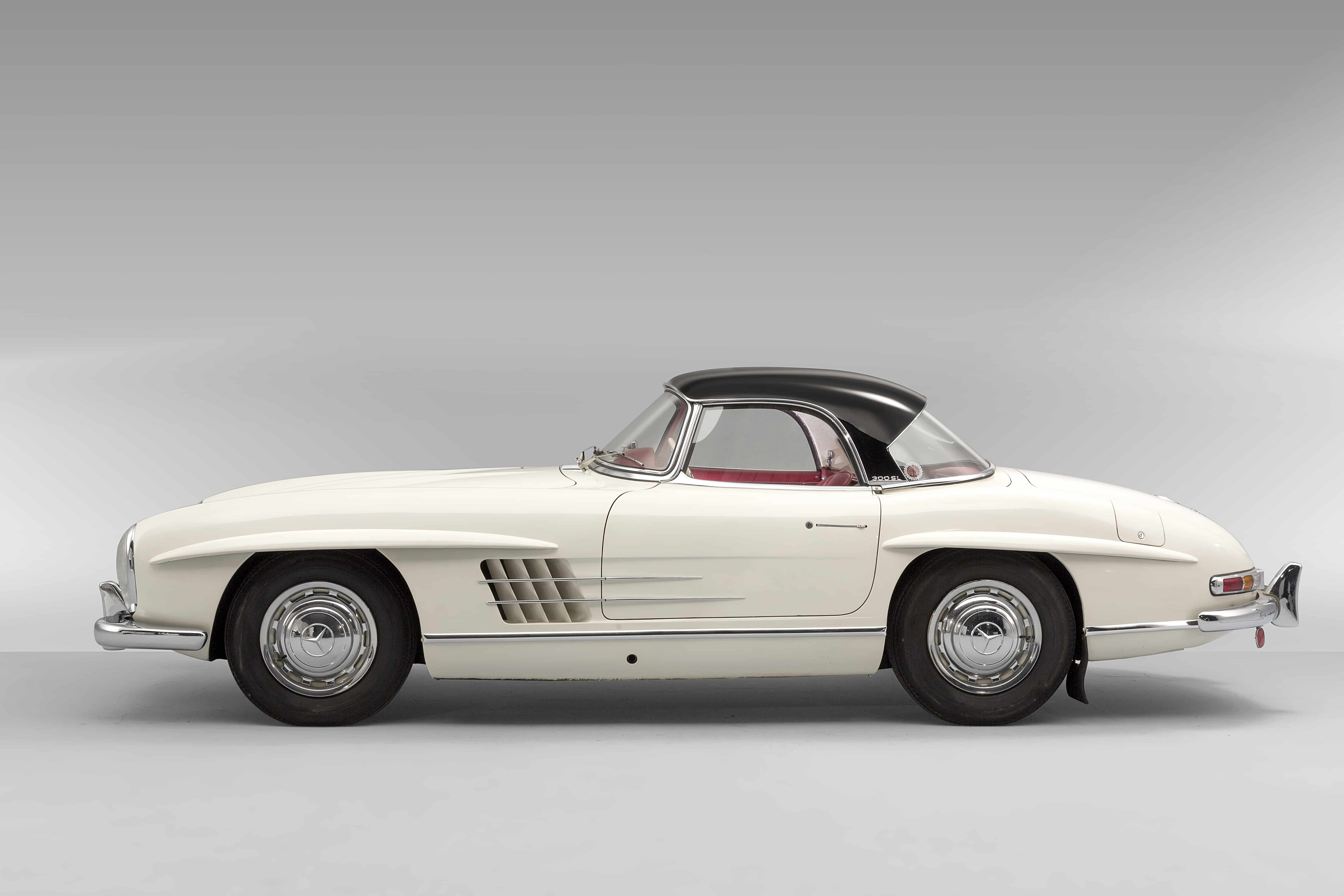 1963 Mercedes-Benz 300SL Roadster, Auctioned by Artcurial in July 2018 for £ 2,782,000. Photo Artcurial : Christian Martin