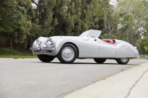 1949 Jaguar XK120 Alloy roadster, auctioned by Bonhams in August 2016 for $ 396,000 (£ 302,500). Photo Bonhams